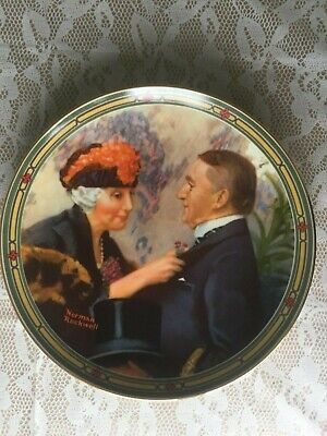 """$ CDN7.63 • Buy Norman Rockwell Collectible Plate """"Love's Reward""""/ Edwin Knowles Series Plate Nu"""