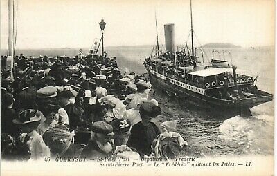 Guernsey. St Peter Port. Departure Of Frederic # 46 By LL/Levy. Black & White. • 17.50£