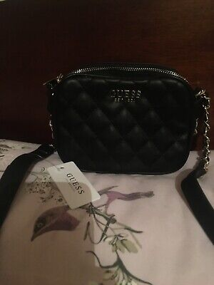 Guess Small Cross Body Bag With Chain Detail • 21£