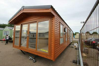 Lookout Lodge Deluxe 2021 | 40x14 | 2 Bed | 2 Bath | Log Cabin | Mobile Home • 47,995£
