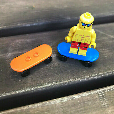 LEGO - SKATEBOARD - BLUE / ORANGE - ( 2 OFF ) - Skate - Park - City - Friends  • 2.99£