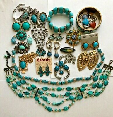 $ CDN149.68 • Buy LOT OF VINTAGE/NOW Old Pawn JEWELRY BEAUTIFUL BLUES GORGEOUS GREENS NICE