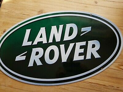 Land Rover Large Oval  Shape Metal Sign With Pre Drilled Holes. • 40£