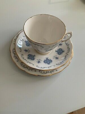 Vintage Royal Osborne Bone China TRIO Tea Cup Saucer Plate Blue Trellis Gold • 3.99£