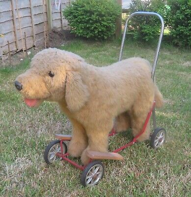 Rare Vintage Vic-Tree Old Dog On Wheels Very Good Condition • 90£