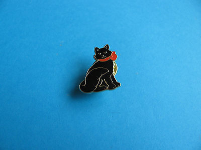 Lucky Black Cat Pin Badge, Unused, VGC, Enamel. • 2.50£