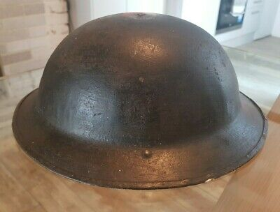 WW1 Brodie Steel Helmet With Insignia (found On The Beach Of Gallipoli, Turkey) • 105£