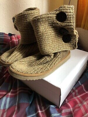 £10 • Buy Brown Knitted Ugg Boots With A Button Missing On The Right Boot