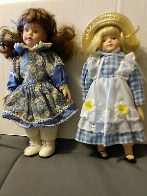 $ CDN7.44 • Buy Porcelain Dolls Lot Of 2 They Are 8in Tall