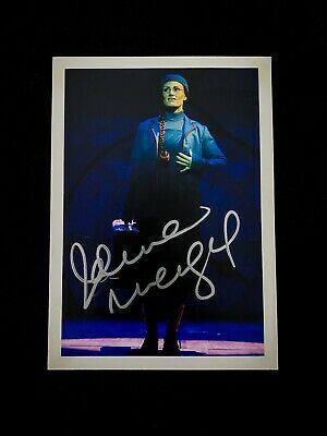 Idina Menzel SIGNED 5x7 WICKED The Musical Photo. Broadway, London West End RARE • 150£