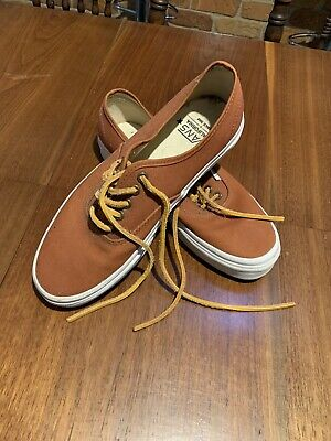 AU99 • Buy Vans California