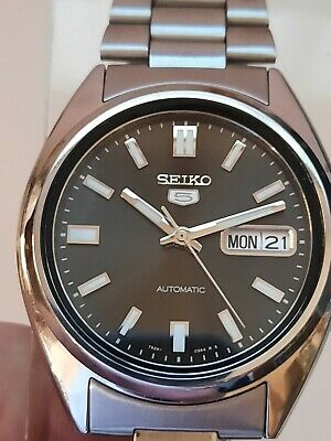$ CDN100 • Buy Seiko 5 Automatic Mens Watch - Day Date - Clear Back - Nice Condition