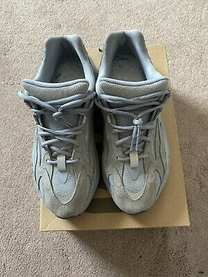 $ CDN321.78 • Buy Yeezy Boost 700 V2 - Hospital Blue -  Size 11 - Pre-owned - Authentic