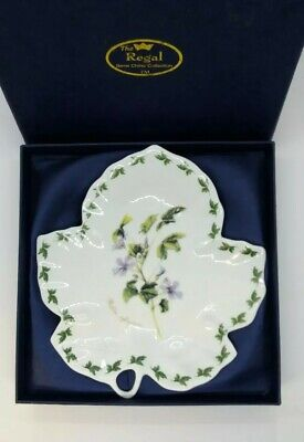 The Regal Collection Vintage Bone China Leaf Dish - Boxed • 20£