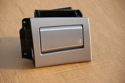 AU37.55 • Buy Jaguar XF Front Right Dashboard Air Vent OEM 8X2-014A23-BH