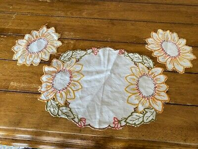 Vintage Antique Dressing Table Cloth Mats Embroidered Linen • 21.86£