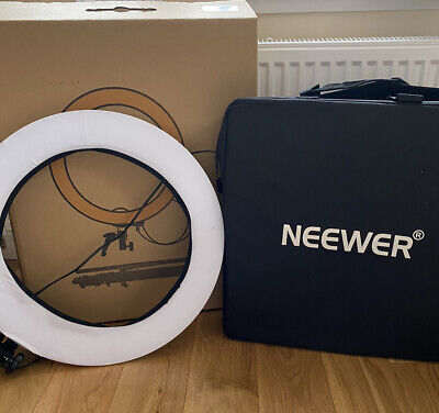 Neewer Camera Photo Video Lighting Kit: 48 Centimeters Outer 55W 5500K Dimmable  • 44£
