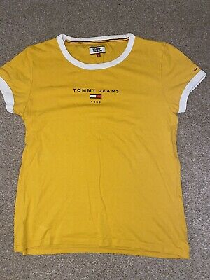 Mustard Top From Tommy Jeans • 3£