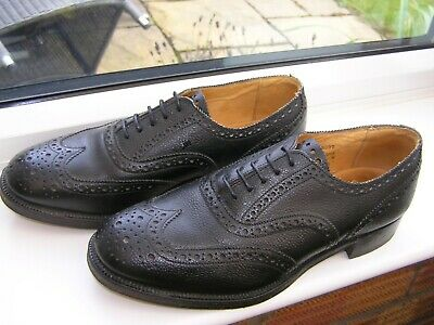 EXCELLENT  SANDERS ENGLAND UK 9 Mens Brogue Military Black Leather Formal Shoes • 69.99£