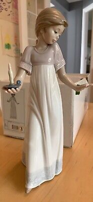 Nao By Lladro Figurine 'To Light The Way' Girl With Candle Model #1155 VGC  • 10£