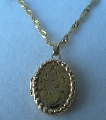 STUNNING 9ct YELLOW GOLD OVAL ENGRAVED LOCKET ON AN 18  FANCY LINK CHAIN 3.3g  • 145£