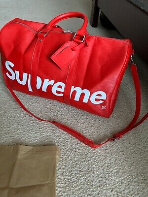 $ CDN521.36 • Buy Supreme Red Duffle Bag
