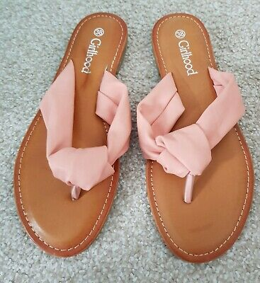 Peach Faux Leather Sandals Size 5 Brand New • 15£