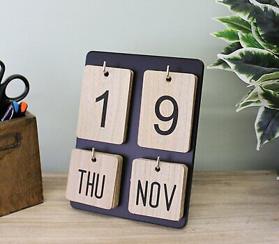 £17.34 • Buy Wooden Freestanding Photo Frame Style Perpetual Calendar Home Deco 14x20x17cm