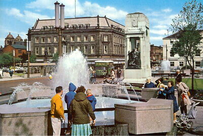 £3.95 • Buy The Fountains, Bolton - Unposted 1970s - Dennis [2]