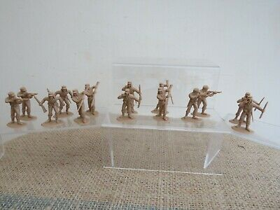 Timpo? French Foreign Legion Figures X16 1:32 Scale • 0.99£