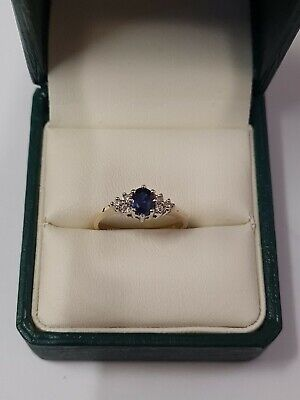 9ct Yellow Gold Sapphires And Diamonds Ring  • 130£