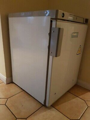 £200 • Buy Lec BRS200ST EssenChill Under Counter Fridge In Stainless Steel FA7167