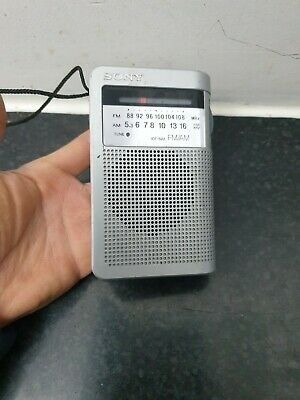 Vintage Sony ICF-S22 FM/AM Radio. Full Working Order. • 15£