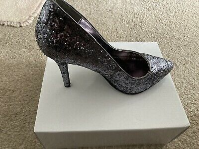 Brand New Pewter High Heel Shoes Size 4 • 4.10£