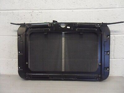 Land Rover Discovery 2 Td5 Rear Sunroof Drain Tray & Blinds 1998 - 2004 • 50£