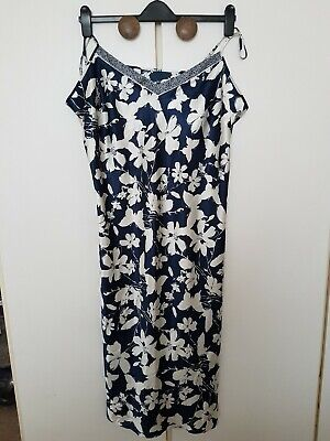 Ladies Marks And Spencer Per Una Nightdress Size 22 • 5.50£