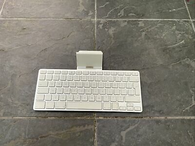 Apple IPad Keyboard Dock A1359 For 1st, 2nd & 3rd Gen White Silver 30 Pin • 1.60£