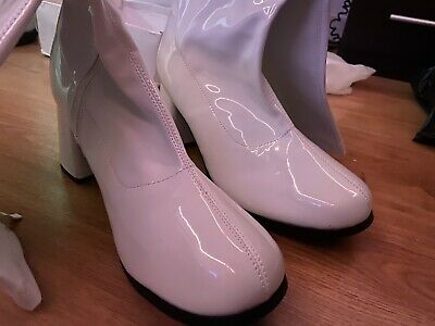 Buckle White Patent Synthetic Go Go Girl Zip Up Boots Uk 11 • 17£