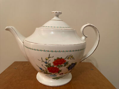 £7.49 • Buy A Vintage Aynsley Famille Rose 5 Cup Teapot