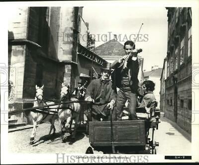 1972 Press Photo The Cast In A Scene From  The Great Waltz.  - Hcq29012 • 11.49£