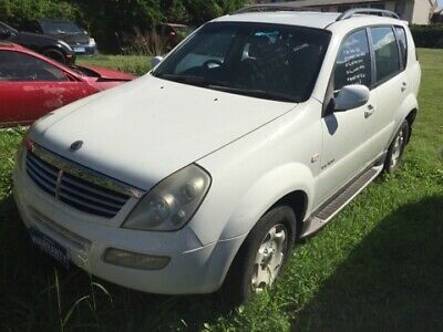 AU2200 • Buy 2005 Ssangyong Rexton Rx 320 Sports Luxury Wagon