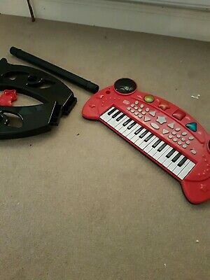 £4 • Buy Kids Keyboard With Stand Sturdy And Batteries Last Forever!