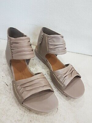 Ladies Clarks Active Air Light Brown Leather Sandals Size Uk 7D New  • 8£