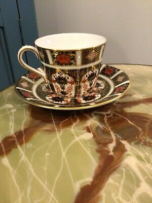 Royal Crown Derby Old Imari Tea Cup And Saucer • 40£