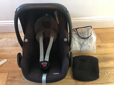 Maxi-Cosi Pebble Car Seat, With Newborn Wedge And Rain Cover - THIS ITEM IS USED • 5£