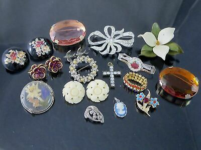 $ CDN14.99 • Buy Lot Vintage Jewelry BROOCHES EARRINGS PENDANTS Avon Cameo Crystal Stones
