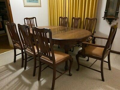 AU500 • Buy Expandable Dining Room Table Seating From 4 Expanding To 8, Around 35 Years Old