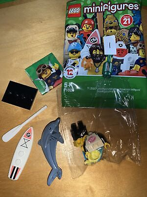 Lego Series 21 Dolphin Trainer (Surfer) • 3£