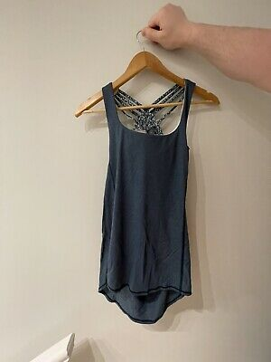 $ CDN15.49 • Buy Blue Lululemon Tank W/ Built-in Bra - Excellent Used Condition - Size 4