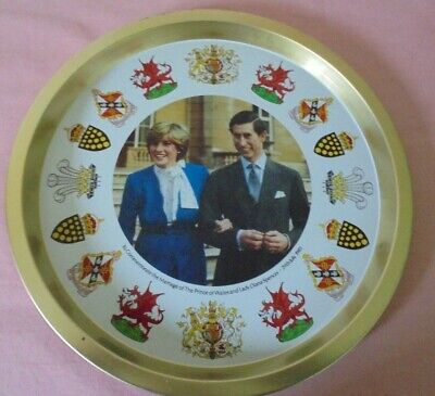 £2.99 • Buy Unusual Round Tin Serving Tray Diana & Charles + Welsh Dragon, Coat Of Arms Etc